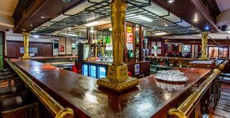 Britannia Sachas Hotel - Manchester - Bar