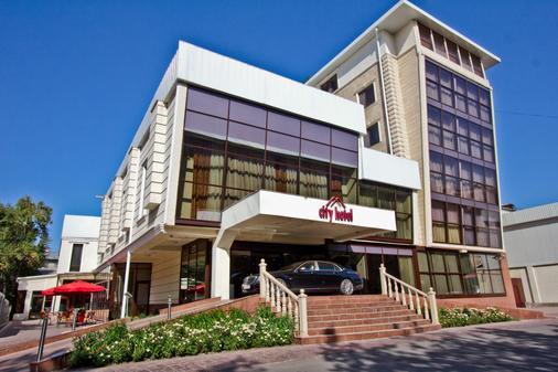 城市酒店 - 比什凱克 - 畢斯凱 - 比什凱克 - 建築