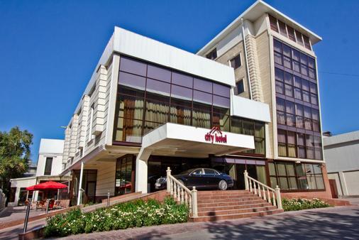 City Hotel Bishkek - Biškek - Rakennus