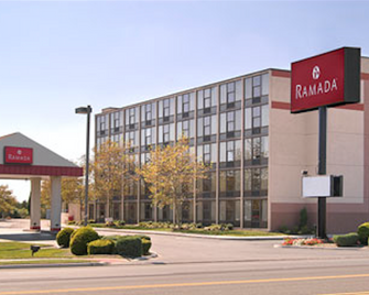 Ramada by Wyndham West Atlantic City - Atlantic City - Gebouw