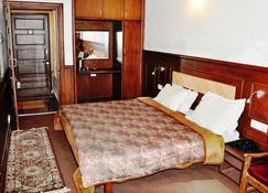 Hotel Sadaf - Srinagar - Bedroom