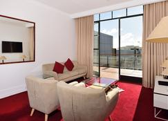 Furnished Apartment In Auckland Cbd - Auckland - Living room