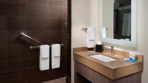 Hyatt House Atlanta Downtown - Atlanta - Bathroom