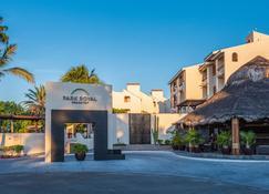 Park Royal Homestay Los Cabos - San José del Cabo - Hoteleingang