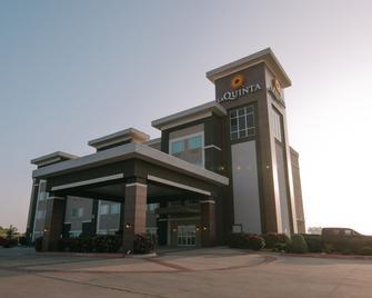 La Quinta Inn & Suites by Wyndham Big Spring - Big Spring - Gebäude