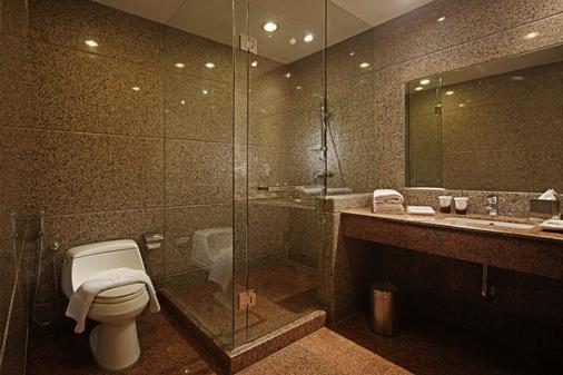 Fm7 Resort Hotel Jakarta - Tangerang City - Μπάνιο