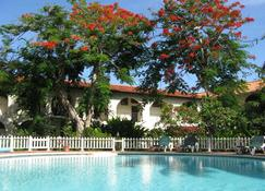 Charela Inn - Negril - Pool