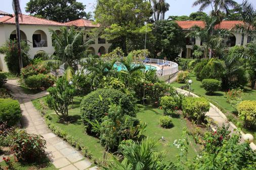 Charela Inn - Negril - Θέα στην ύπαιθρο