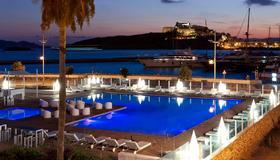 Ibiza Corso Hotel & Spa - Ίμπιζα - Πισίνα