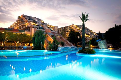 Limak Limra Hotel & Resort - Kemer - Toà nhà