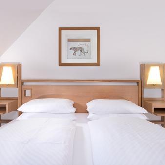 Hotel Agneshof Nürnberg - Partner of Sorat Hotels - Nürnberg - Schlafzimmer
