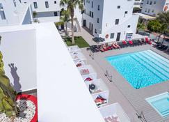 Migjorn Ibiza Suites & Spa - Ibiza - Piscina
