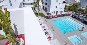 Migjorn Ibiza Suites & Spa - Ibiza - Pool