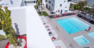 Migjorn Ibiza Suites & Spa - איביזה