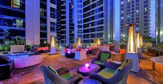 Ghaya Grand Hotel - Dubai - Bar