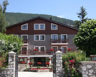 Hotel Edelweiss - Pescasseroli - Building
