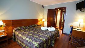 Hotel Zenit Diplomatic - Andorra la Vieja - Habitación