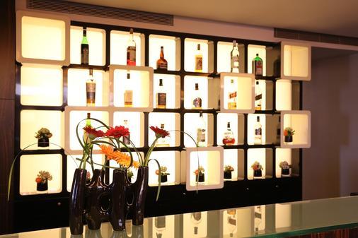 Azimut Hotel Olympic Moscow - Moskau - Bar