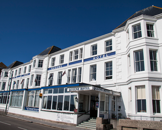 The Queens Hotel - Penzance - Building
