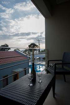 Ξενοδοχείο Mantinia Bay - Καλαμάτα - Μπαλκόνι