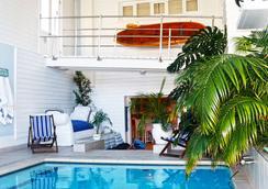 船屋旅館 - 開普敦 - 開普敦 - 游泳池