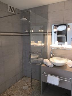 Hôtel de France - Saintes - Bathroom