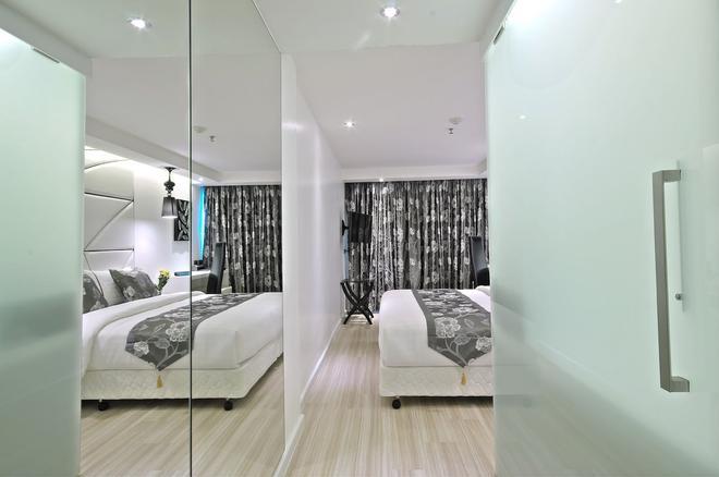 Sukhumvit Suites Hotel - Bangkok - Bedroom