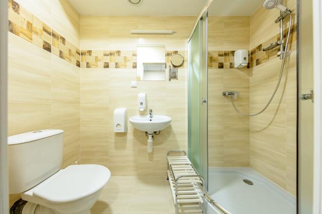 Hotel Simple Plus - Vilnius - Phòng tắm