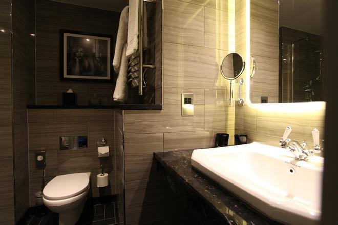 紐約酒店 - 曼徹斯特 - 曼徹斯特 - 浴室