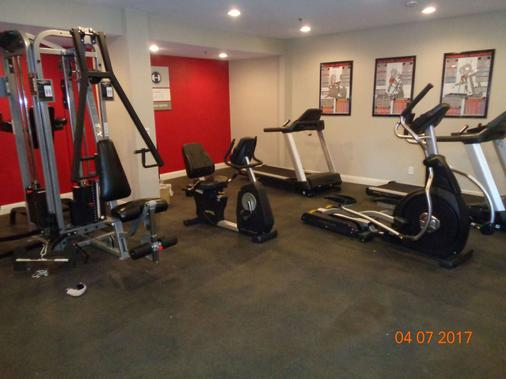 Comfort Inn and Suites OC-John Wayne Airport - Santa Ana - Gym