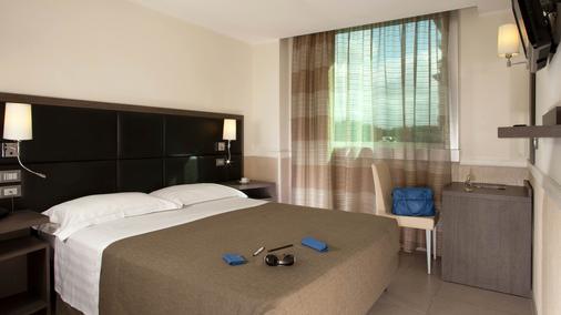 Hotel Artis - Roma - Habitación