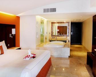 Azul Ixtapa Grand Suites & Spa - Ixtapa - Bedroom
