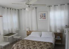 Villa Europa Hotel - Hollywood - Bedroom