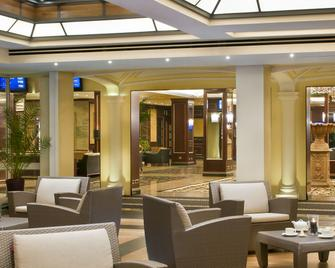 迪諾大酒店 - 巴維諾 - 巴維諾 - 休閒室