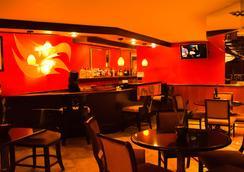 Garden Inn & Suites - Jfk - Queens - Bar