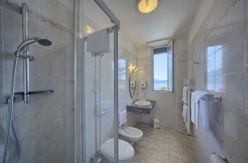 Hotel Residence Zust - Verbania - Bathroom