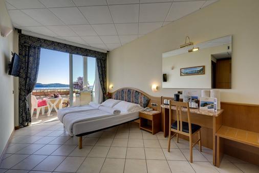 Hotel Residence Zust - Verbania - Bedroom