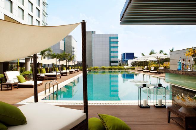 JW Marriott Hotel Pune - Pune - Pool