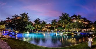 Hotel Nikko Bali Benoa Beach - South Kuta - Piscina