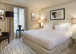 Hôtel Montaigne - París - Habitación