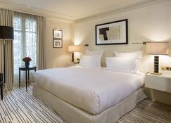 Hôtel Montaigne - Pariisi - Makuuhuone