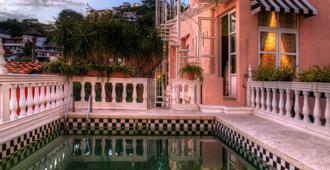 Rivera del Rio Boutique Hotel - פוארטו ויארטה - בריכה