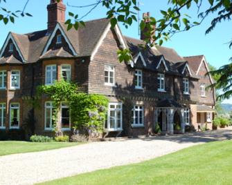 Blackbrook House Bed and Breakfast - Dorking - Edificio