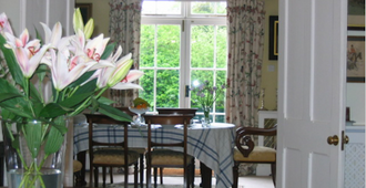 Blackbrook House Bed and Breakfast - Dorking - Dining room