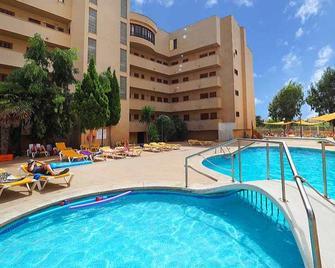 Hotel y Apartamentos Playa Mar - S'Illot - Zwembad