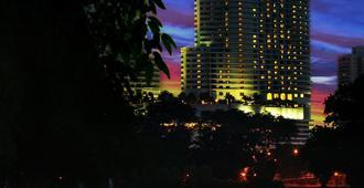 Hilton Kuala Lumpur - Kuala Lumpur - Rakennus