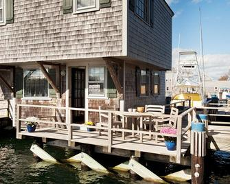 The Cottages And Lofts At Boat Basin - Nantucket - Building