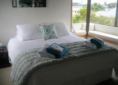 104 on Moore Bed & Breakfast - Whangamata - Habitación