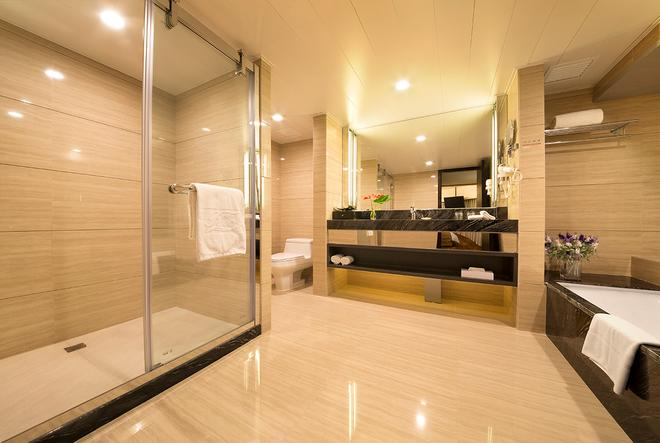 Rio Hotel - Macau - Bathroom