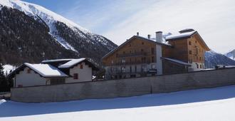 Sport Hotel - Livigno - Building